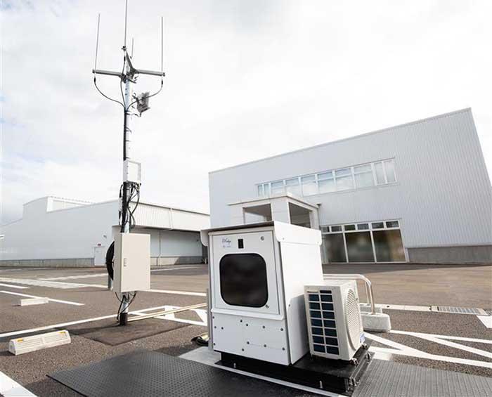 実証実験用に設置したマイクロデータセンター ~IIJ白井データセンターキャンパス(千葉県白井市)